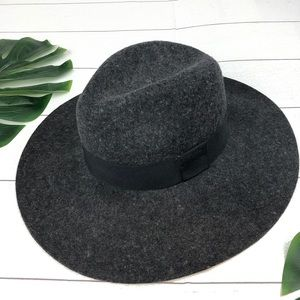 "Michael Stars 100% Wool Hat Gray 4"" Brim"